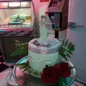 Retro Diner Wedding Cake